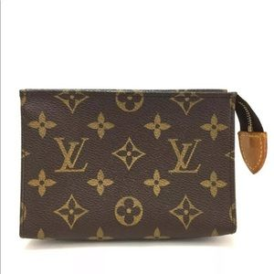 AUTHENTIC LV Toiletry Pouch 15